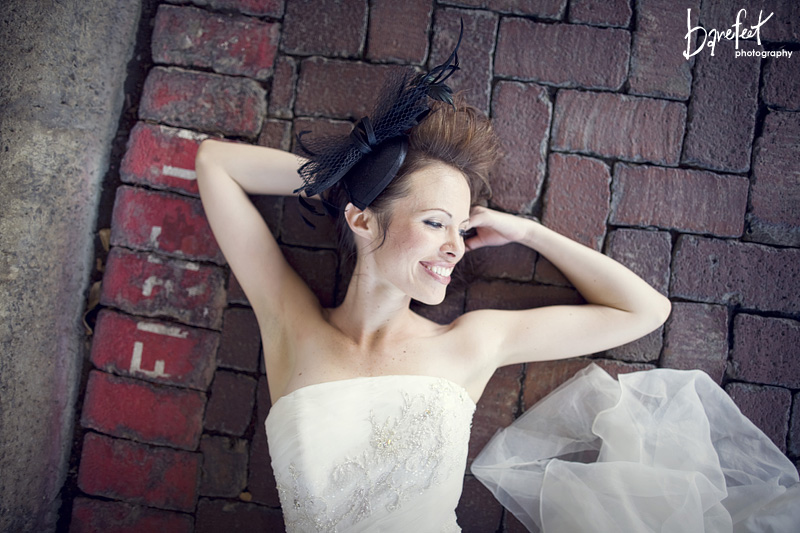 Unique bridal portraits in downtown Dallas
